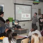 Dijaki predstavljajo Slovenijo in našo šolo