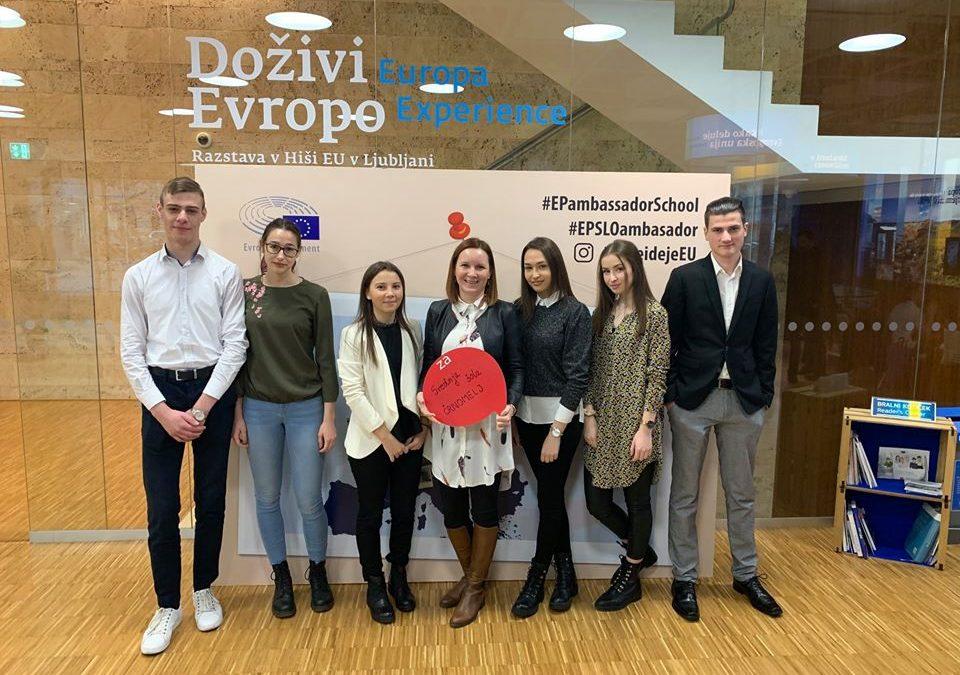 Srednja šola Črnomelj vključena v projekt EPAS (Šola ambasadorka Evropskega parlamenta) in Evrošola